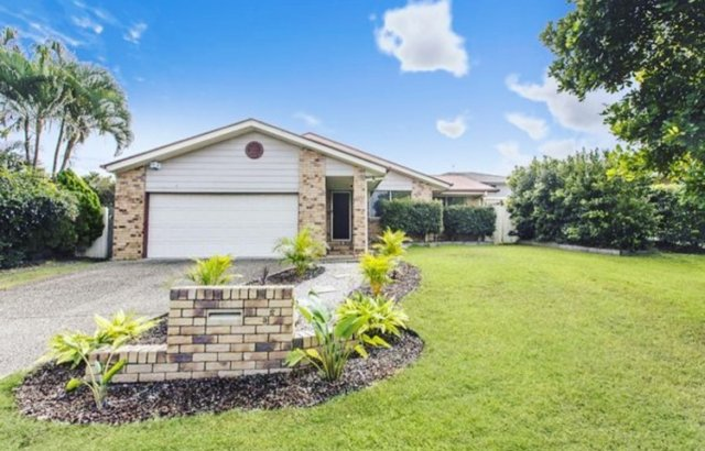 LOW SET BRICK HOME, BELOW MARKET VALUE & POSITIVE CASHFLOW!   We recently helped our client purchase and settle on this neat & low maintenance investment in a superior location of Brisbane.   🏡PURCHASE PRICE: $461,000 💸MARKET VALUE: $490,000 💲RENT: $450pw / 5.07% (positive cashflow) 📍LOCATION: 0% public housing, low 0.7% vacancy rate, 8.4% capital growth over the last 12 months ✅FEATURES: 4 bedroom low set brick home, 600sqm block, 27km to the CBD  If you need help finding quality investment grade properties in high growth areas, contact us today at info@ypyw.com.au for more information.   #investment #investor #asset #propertyinvestment #financialfreedom #passiveincome